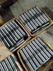 Шпильки с двухсторонней резьбой ГОСТ 9066-75
